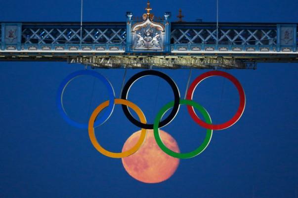 anneaux_olympique_lune